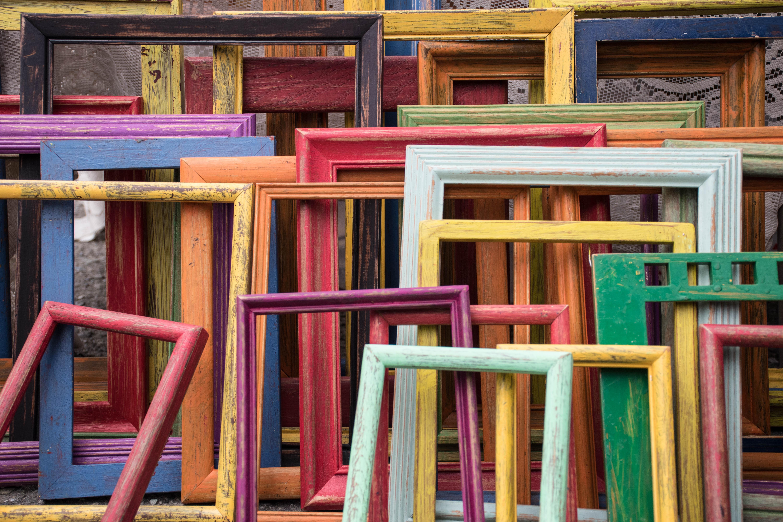 message-framing: empty picture-frames_jessica-ruscello-99566-unsplash